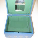 144pg1 150x150   Cajas Artesanales Para Bombones Pintadas Totalmente a Mano