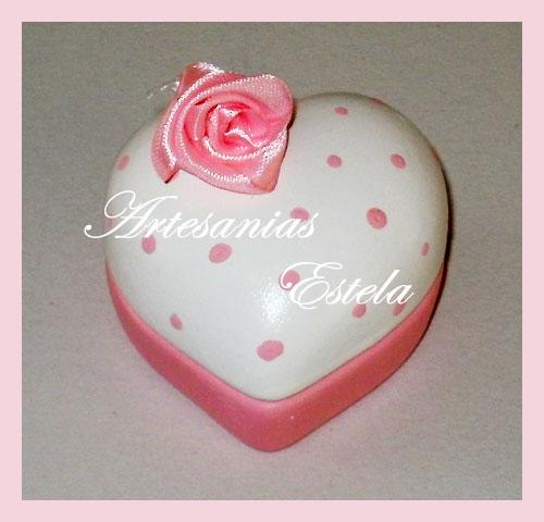 Souvenirs de 15 años cajita de forma corazón - Modelos 2012