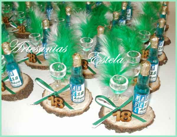 Botellitas personalizadas Frizze Para 18 Años   Souvenirs De Para Cumpleaños De Adultos Con Botellitas Personalizadas