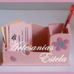 Organizador de Escritorio Porta lapices y tarjetas de Madera Fibrofacil 150x150   Regalos Para El Día De La Secretaria