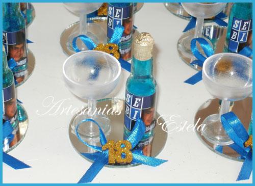 Souvenirs Botellitas De Vino Firzze Personalizadas   Souvenirs De Para Cumpleaños De Adultos Con Botellitas Personalizadas