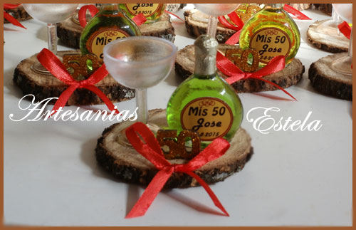 Souvenirs Botellitas De Vino Personalizadas 1   Souvenirs De Para Cumpleaños De Adultos Con Botellitas Personalizadas