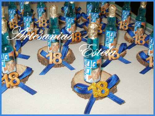 Souvenirs Botellitas De Vino Personalizadas Para 18 Años   Souvenirs Para Cumpleaños De 18 Años