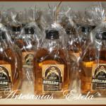 Souvenirs Cumpleaños Botellitas De Whisky Personalizadas 150x150   Souvenirs Para Cumpleaños Adultos