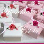 Cajas decoradas con flores de porcelana 150x150   Souvenirs De Casamientos / Bodas