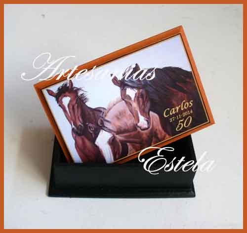 Souvenirs 50-años---Cajas Para Naipes Personalizadas