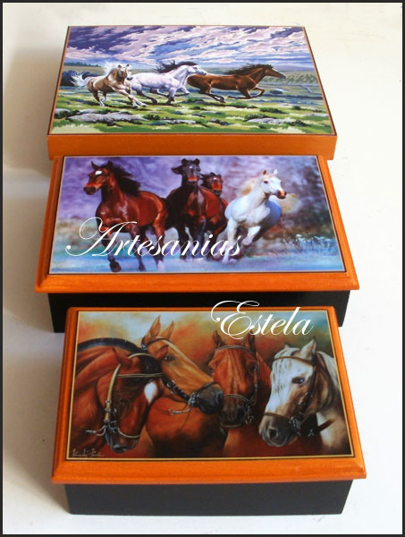 Souvenirs 50 Años -Cajas