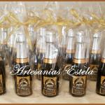 Souyvenirs Cumpleaños Botellitas De Champagne 150x150   Souvenirs 50 Años
