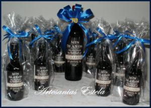 Botellitas De Vino Personalizadas 5 300x215   Botellitas De Vino Personalizadas   Modelos 2017