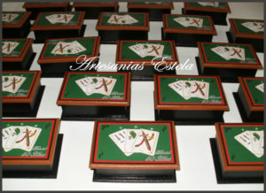 Cajas Para naipes Personalizadas 3 300x218   Cajas Para Naipes Personalizadas   Modelos 2017