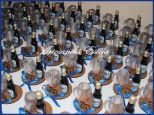 Souvenir Para Cumpleaños De Adultos Con Botellitas Personalizadas 3 300x225   Souvenir Para Cumpleaños De Adultos Con Botellitas Personalizadas   Modelos 2017